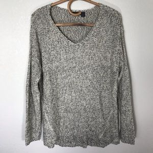 RDI V-Neck Oversize Sweater Large